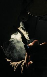 Divieto di fumo in auto: demagogia