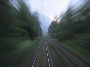 Risarcimenti rapidi come un treno: un bene?