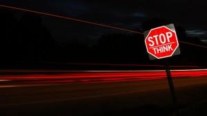 Politici, fermatevi e pensate. Grazie