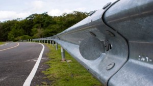Guardrail, in teoria dovrebbero aiutare...