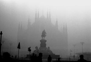 Milano, smog killer dei polmoni: occhio